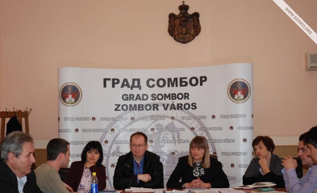 Predstavnici Gradske uprave na sastanku sa predstavnicma seoskih MZ