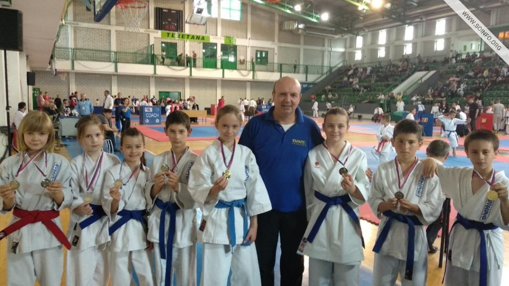 "akmičari karate kluba ""Somborac"" na Dunav kupu"