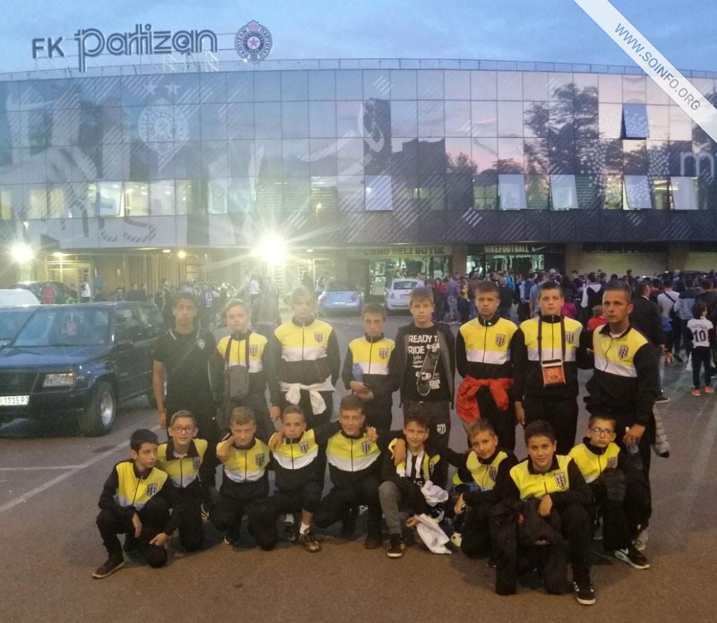 Mlađe selekcije FK ŽAK na utakmici FK Partizan - AZ Alkmar